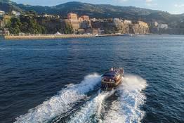 Capri Blu Tour, escursione di gruppo a Capri in barca