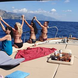 MBS Blu Charter - Positano & Amalfi: Boat Tour from Sorrento