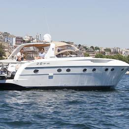Capri Boat Experience - Tour in barca di Napoli al tramonto: aperitivo+skipper