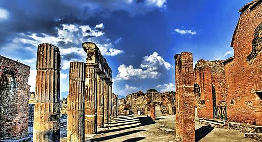 Agency Trial Travel - Tour of Pompeii, from Naples or Capri- for 4 People max