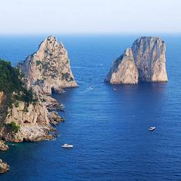 Capri Boat Experience - Capri: Boat Tour with Lunch at a Waterfront Restaurant