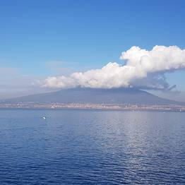 Enjoy Bike Sorrento - E-Bike Tour: Sorrento - Mount Vesuvius