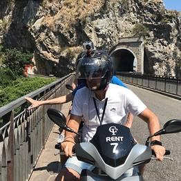CF Rent - Noleggio scooter in Costiera Amalfitana