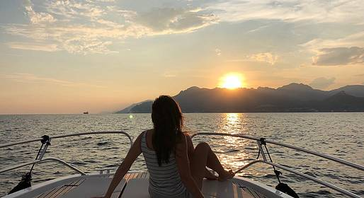 CF Rent - Sunset Sail along the Amalfi Coast