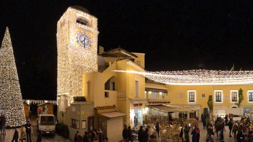 Caprionline - Veglione di Capodanno in Piazzetta