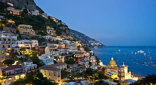 Star Cars - Positano by night: tour privato serale in auto di lusso
