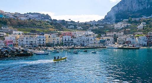 Capri Whales - Boat Shuttle Marina Piccola - Marina Grande Capri Port