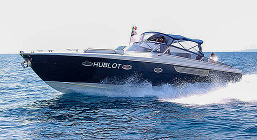 Capri Boat Service - Transfer Roma-Capri su auto Mercedes e motoscafo Itama