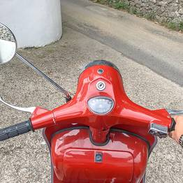 La Giuliva - Photo Tour in Vintage Vespa 125