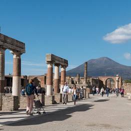 Top Excursion Sorrento - Pompeii, Sorrento, and Positano Driving Tour from Rome