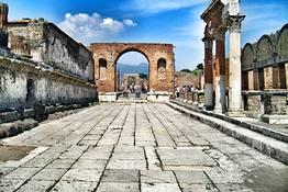 Pompeii and Mt. Vesuvius Tour + Wine Tasting