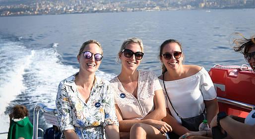 HP Travel - Tour guidato di Capri con giro dell'isola in barca