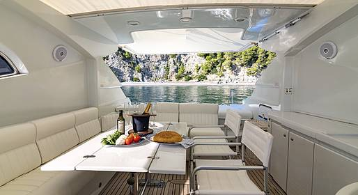 Charter System  - Tour privato in barca a Capri e Positano