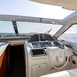 Charter System  - Rizzardi yacht 60ft