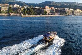Capri e Positano: tour in barca privata da Sorrento