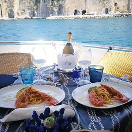 Pèpecello Yacht Tours - Full-Day Boat Tour to Procida from Naples