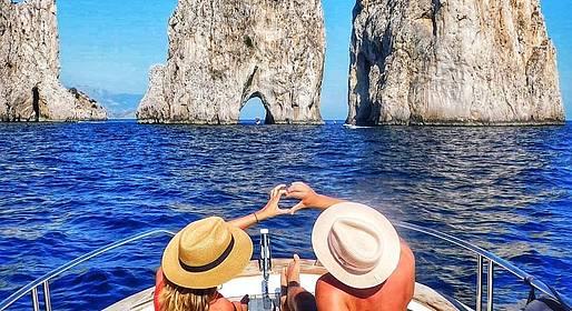 Misal Sorrento Boat Charter - Capri Classic Tour 100% Italian Style (8 hours)