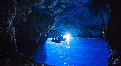 Capri Summer Tour - Capri: water taxi dal porto alla Grotta Azzurra A/R