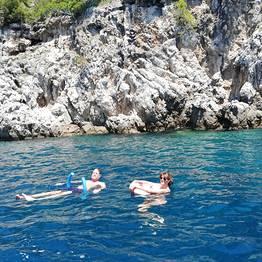 Buyourtour - Tour in barca Capri+ Grotta Azzurra da Sorrento (4 ore)