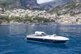 Capri and Amalfi coast tour by speedboat Itama 40