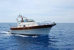 Positano - Capri: transfer privato in barca
