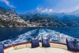 Private Boat Transfer between Positano and Naples