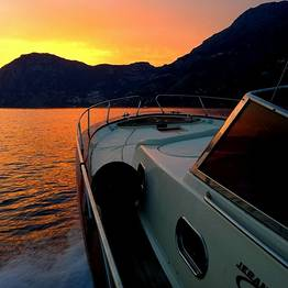 Sea Living - Private Boat Transfer between Positano and Salerno