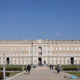 Star Cars - Private Transfer to the Caserta Royal Palace