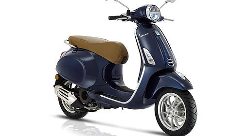 Bike sharing Sorrento - Vespa Primavera Scooter Rental (125 cc) around Sorrento