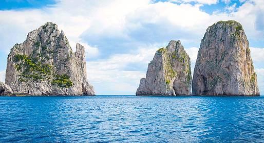 Buyourtour - Tour di Capri in barca da Napoli per piccoli gruppi