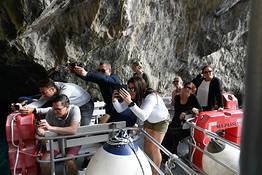 Capri, giro dell'isola in barca con tuffo!