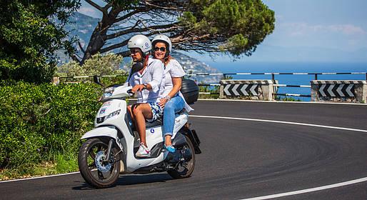 Bike Sharing Sorrento - Noleggio scooter a Sorrento (notturno)