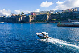 Sorrento Coast by Boat - Small Group