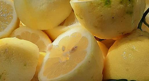 Joe Banana Limos - Tours & Transfers - Fifty Shades of Lemon
