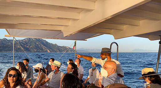 Cartotrekking - Aperitif Sunset and guided boat tour along the Coast