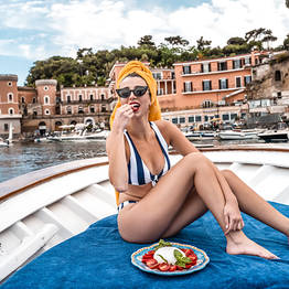Gianni's Boat Naples - Minicruise and Picnic: The Perfect Naples Tour