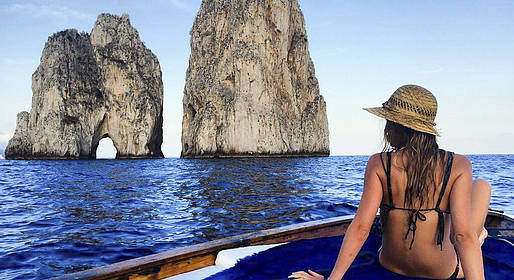 Capri Blue Boats - Rent a Traditional Wooden Boat from Marina Piccola