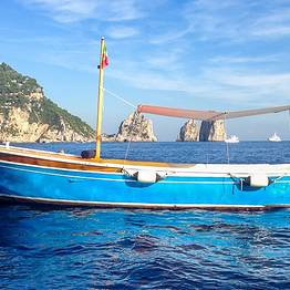 Capri Blue Boats - Tour of Capri on a Gozzo from Marina Piccola