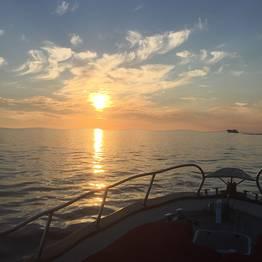 Giro dell'isola con aperitivo al tramonto