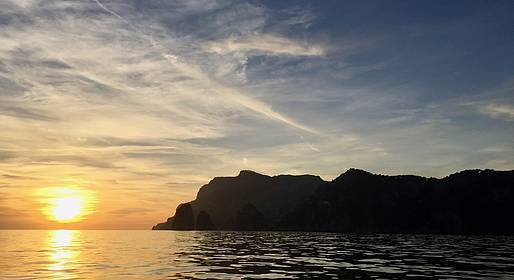 Capri Blue Boats - Giro dell'isola con aperitivo al tramonto