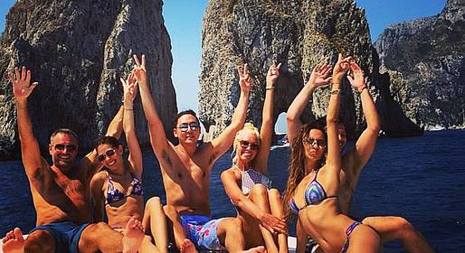 Gianni's Boat - Gozzo Party tour in Capri! 6 people