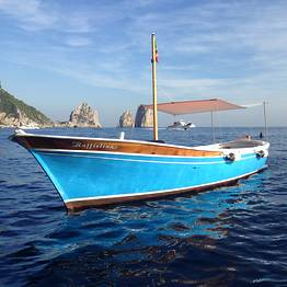 Capri Blue Boats - Capri Boat Tour by Traditional Gozzo.
