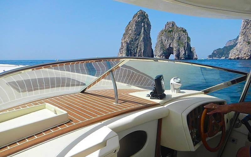 Ciro Capri Boats - Speedboat Tour of Capri