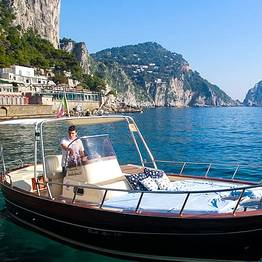 "Full day along the Amalfi Coast in a ""gozzo"""