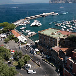 Exclusive transfer Naples - Sorrento or vice versa