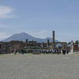 Tour of Pompeii, Mount Vesuvius, and Herculaneum