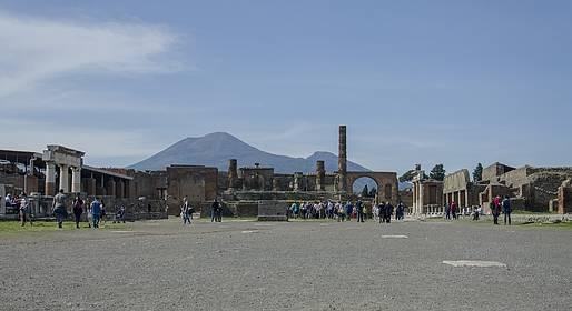Sorrento Limo - Tour a Pompéia, Vesúvio e Herculano