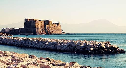 Sorrento Limo - Driving Tour of Naples
