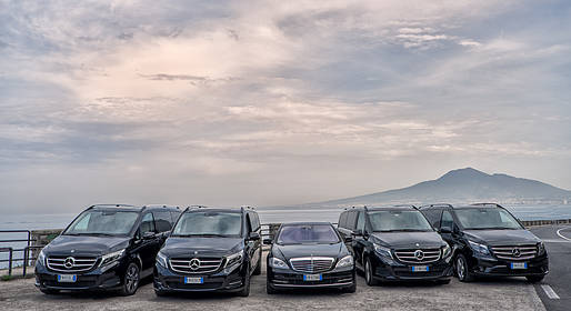 Joe Banana Limos - Tour & Transfer - Transfer privato Roma - Capri in auto+aliscafo