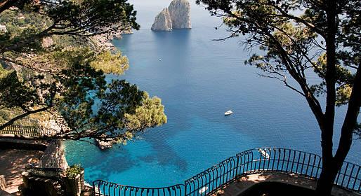 Joe Banana Limos - Tours & Transfers - Transfer Rome - Capri or Vice Versa